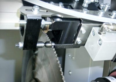 solution K850-T Attachment to grind in chip breaker grooves